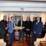Vali'miz Sn. Mesut Köse Belediye Başkan'ımızı ve Bal Üreticileri Birliği Yönetimini Tebrik Etti